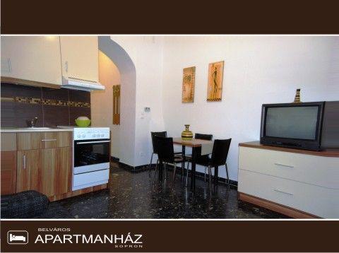 Belváros Apartmanház, Sopron