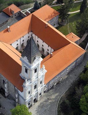 Sopronbánfalvi Pálos-Karmelita Kolostor, Sopron