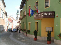 Click here for more images about Hotel Palatinus.